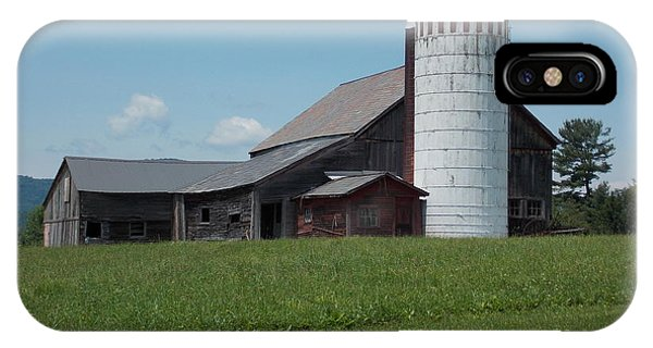 Barn And Silo In Vermont IPhone Case