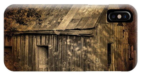 Barn Grunge IPhone Case