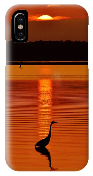 Bayside Ripples - A Heron Takes An Evening Stroll As The Sun Sets Behind The Clouds On The Bay IPhone Case