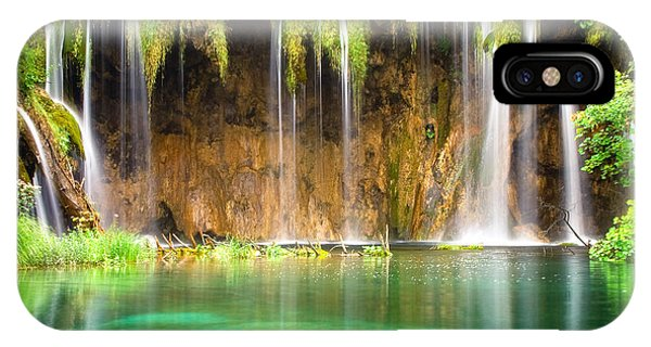 Waterfall Lagoon - Nature Photography IPhone Case