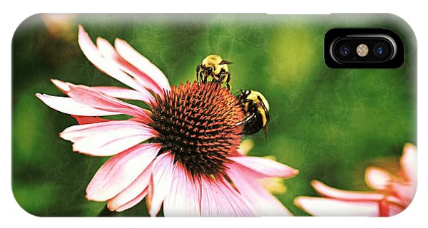 Bee 4 IPhone Case