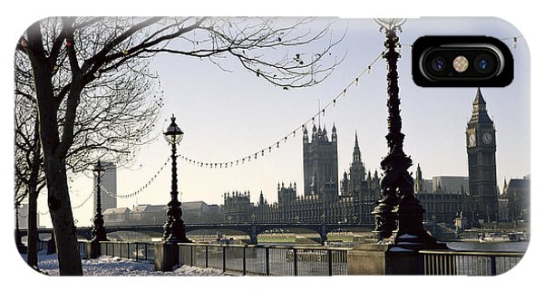 Westminster Abbey iPhone Case - Big Ben Westminster Abbey And Houses Of Parliament In The Snow by Robert Hallmann