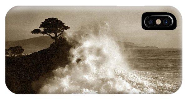 Big Wave Hitting The Lone Cypress Tree Pebble Beach California 1916 IPhone Case