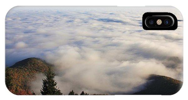 Blue Ridge Parkway Sea Of Clouds Near Graveyard Fields IPhone Case