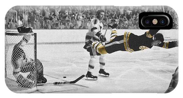 Bobby Orr 2 IPhone Case