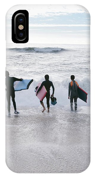 Bodyboarders Phone Case by Gustoimages/science Photo Library