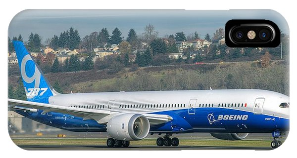 Boeing 787-9 Takeoff IPhone Case