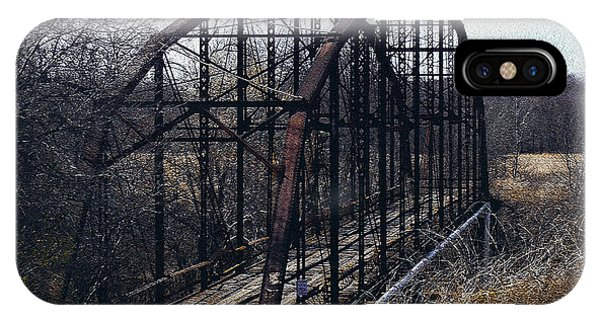 Bridge To Nowhere Phone Case by R McLellan