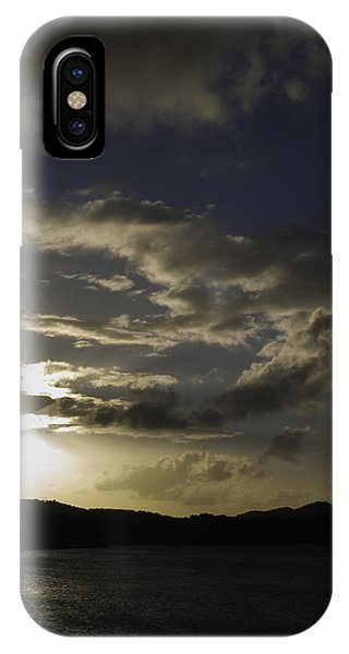 IPhone Case featuring the photograph Bright Horizon by Judy Hall-Folde