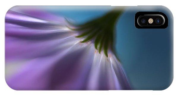 Violet iPhone Case - Bright Marguerites by Heidi Westum