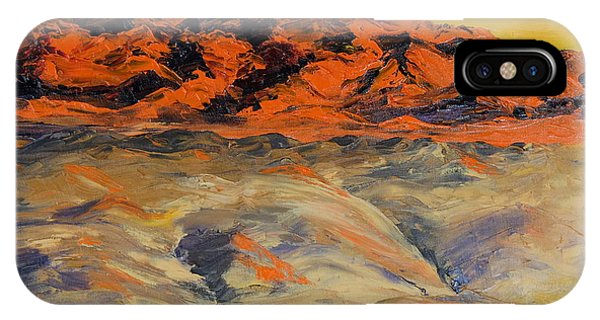 Brilliant Montana Mountains And Foothills IPhone Case