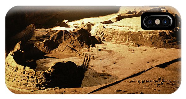 Bronze Age Archaeological Site Phone Case by Pasquale Sorrentino/science Photo Library