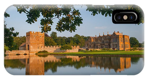 Broughton Castle Phone Case by David Ross