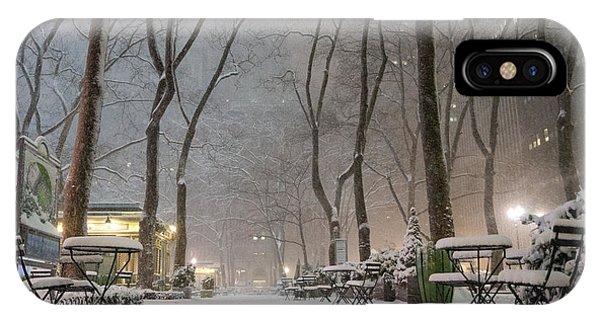 Bryant Park - Winter Snow Wonderland - IPhone Case