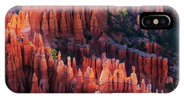 Columns iPhone Case - Bryce Canyon At Sunset by ??? / Austin
