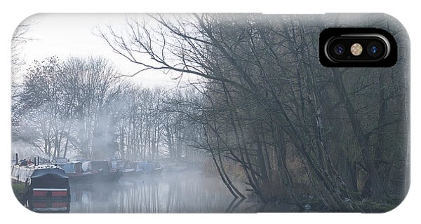 Buckingham Arm IPhone Case