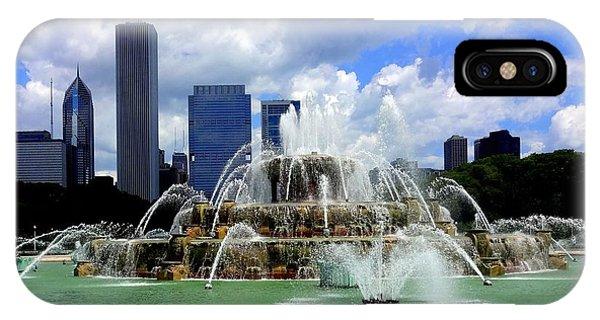 Buckingham Fountain IPhone Case