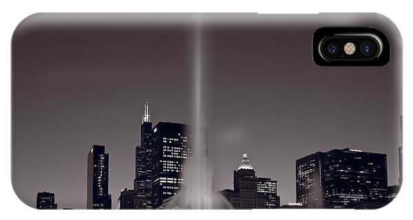 Full Moon iPhone Case - Buckingham Fountain Nightlight Chicago Bw by Steve Gadomski