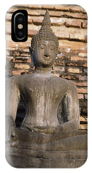 Buddha Statue Outside Thai Temple Phone Case by Richard Berry