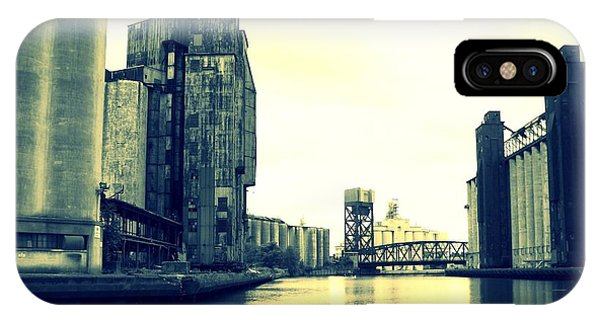 Buffalo River Phone Case by John Carncross