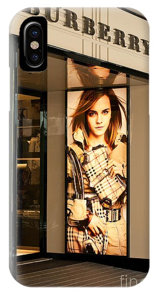 Burberry Emma Watson 01 IPhone Case