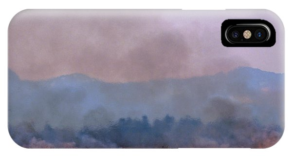 Bush Fire In British Columbia Phone Case by David Nunuk/science Photo Library