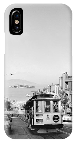 Cable Car On Hyde Street Hill IPhone Case