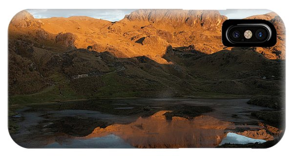 Cajas National Park (3000-4,400m Phone Case by Pete Oxford
