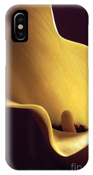 Calla Lily Close Up IPhone Case