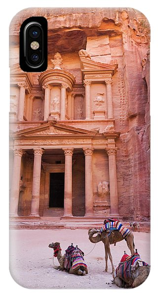 Camel At The Facade Of Treasury (al Phone Case by Keren Su