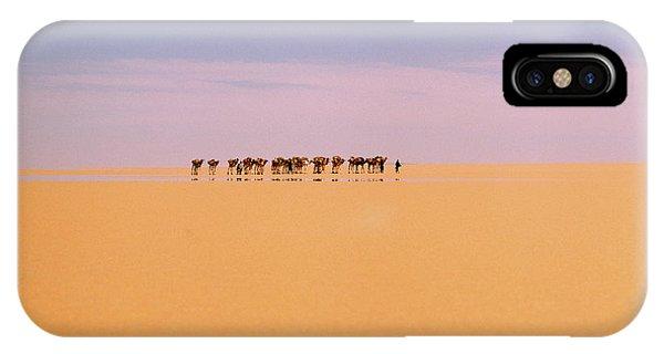 Caravan iPhone Case - Camel Caravan In Western Tenere Desert by Tony Buxton/science Photo Library