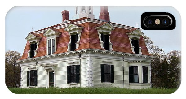 Captain Pennimans House Phone Case by Catherine Gagne