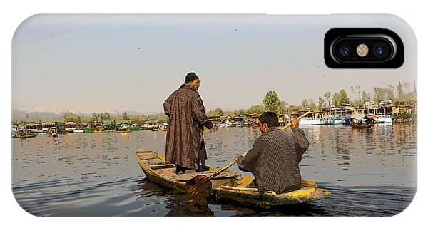 Cartoon - Kashmiri Men Plying A Wooden Boat In The Dal Lake In Srinagar IPhone Case