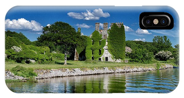 Castle Menlo  IPhone Case