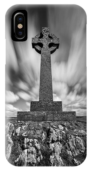 Celtics iPhone Case - Celtic Cross by Dave Bowman