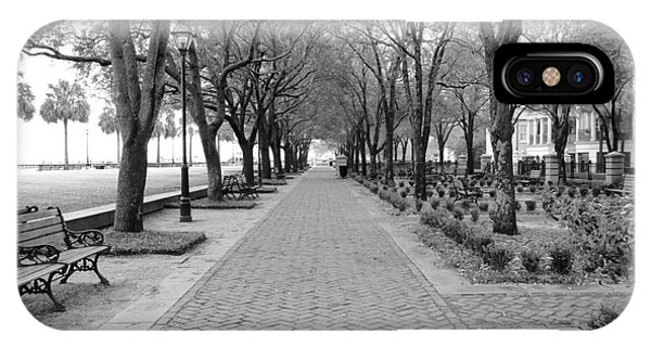 Charleston Waterfront Park Walkway - Black And White IPhone Case