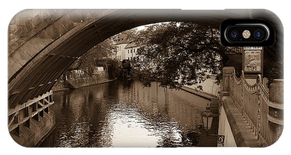 Chertovka River IPhone Case