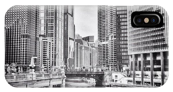 Cities iPhone Case - #chicago #cityscape #chicagoriver by Paul Velgos