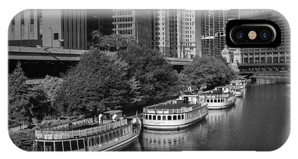 Chicago River iPhone Case - Chicago River Tour Boats B W by Steve Gadomski