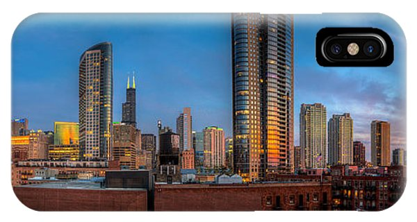 Chicago Sunset Photogtaphy Phone Case by Michael  Bennett