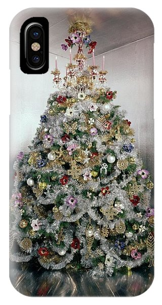 Christmas Tree Decorated By Gloria Vanderbilt IPhone Case
