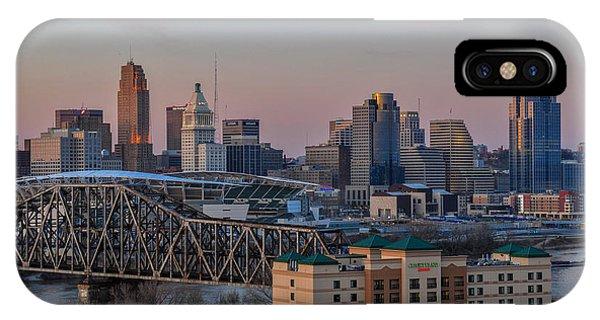 D9u-876 Cincinnati Ohio Skyline Photo IPhone Case