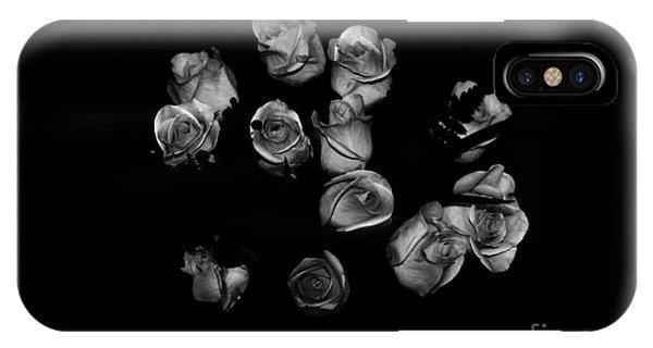 Classic Black Roses IPhone Case
