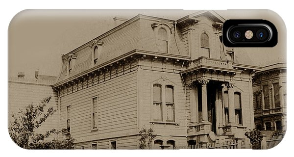 Clay And Hyde Street's San Francisco Built In 1874 Burned In The 1906 Fire IPhone Case