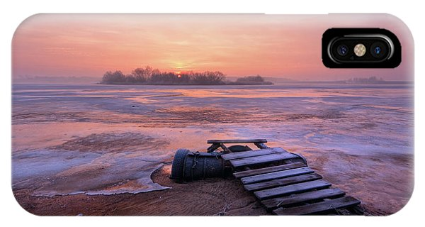 Morning iPhone Case - Cold Morning by Fproject - Przemyslaw