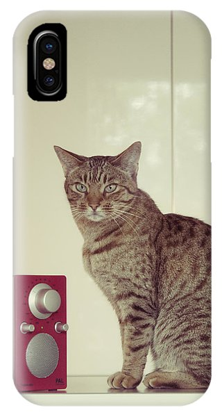 Concentrated Listener IPhone Case