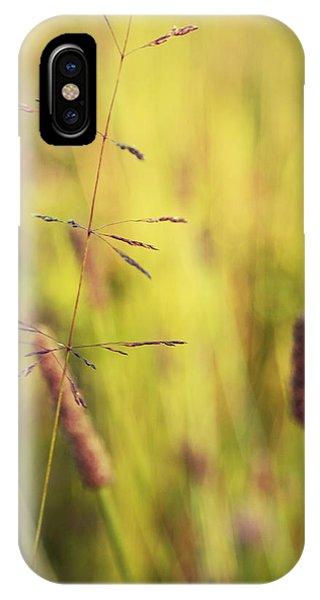 Contrario - Gr02b IPhone Case