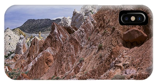 Cottonwood Spires 1 IPhone Case