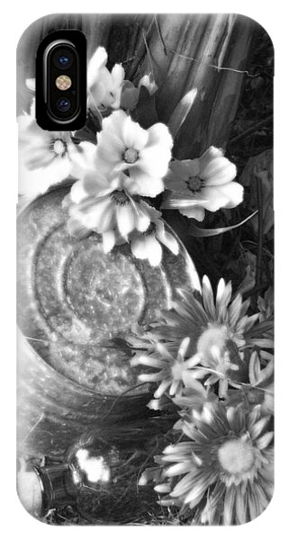 Country Summer - Bw 03 IPhone Case