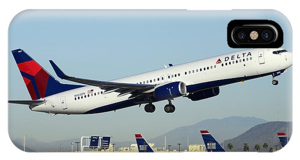 Delta Boeing 737-932 N822dn Phoenix Sky Harbor December 24 2014  IPhone Case